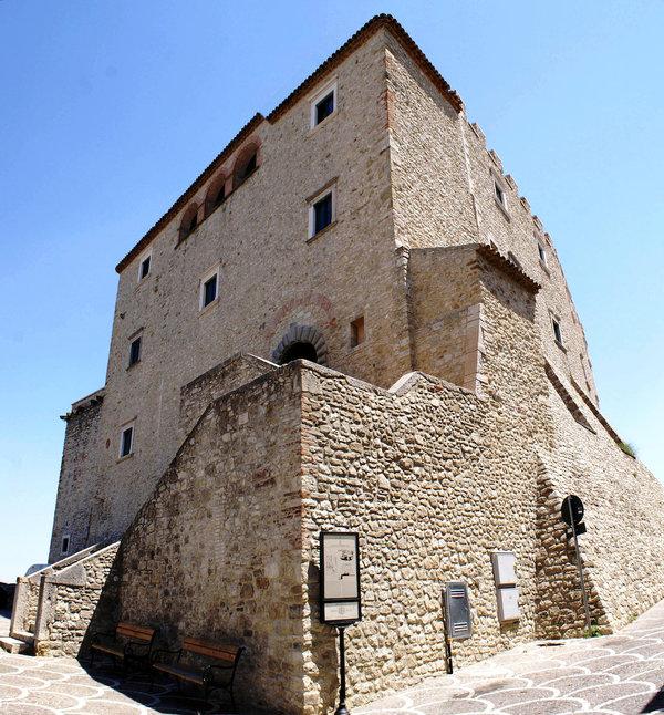 castello di capua a gambatesa