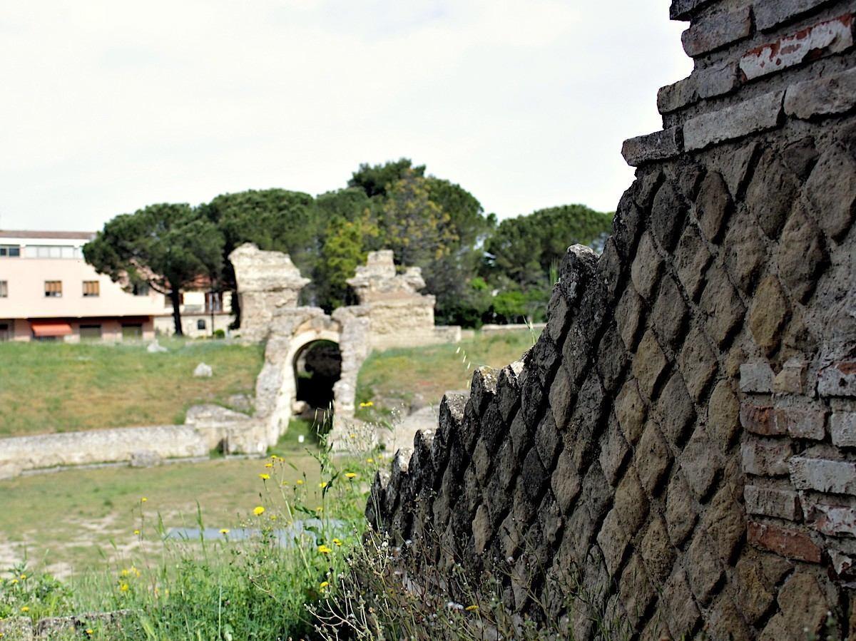 anfiteatro romano a larino