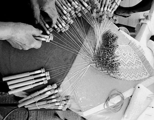 The art of bobbin lace in Molise