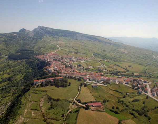 Capracotta: a jewel-village at 1421 meters high